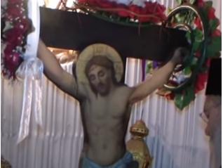 В Неделя Кръстопоклонна гръцки епископ забранява поклонението на Кръста