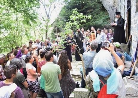 Словото на отец Ангел пред храма на гроба на св.Йоан и финал на поклонническия път Рилския Чудотворец