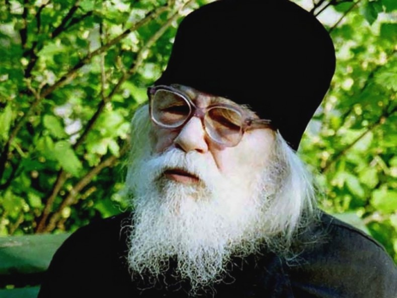 Архимандрит Йоан Крестянкин (karibche.ambebi.ge)