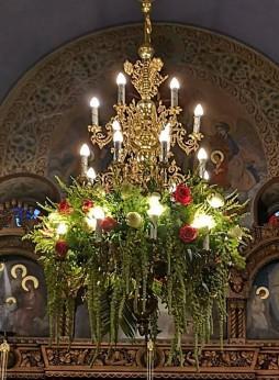 Автор на снимката и на украсата на храма - Милена Мирта