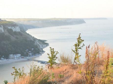 Поглед към залива и нос Калиакра