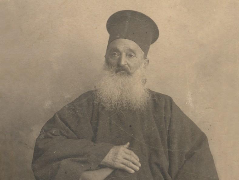 отец Константин Дъновски, 1902 (фрагмент)  Източник: catalog.libvar.bg – Варненска дигитална библиотека