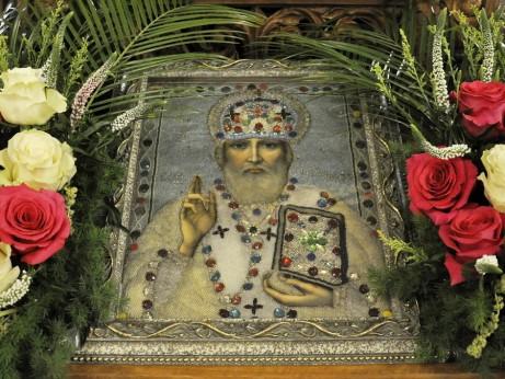 5 декември 2020 - Празнична вечерня с петохлебие и акатист към св. Николай