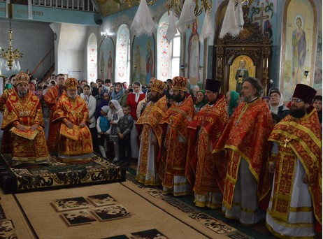 Кишиневски митрополит Владимир и Кагулски и Комратски епископ Анатолий