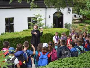 Летни уроци в Първото българско училище във Варна