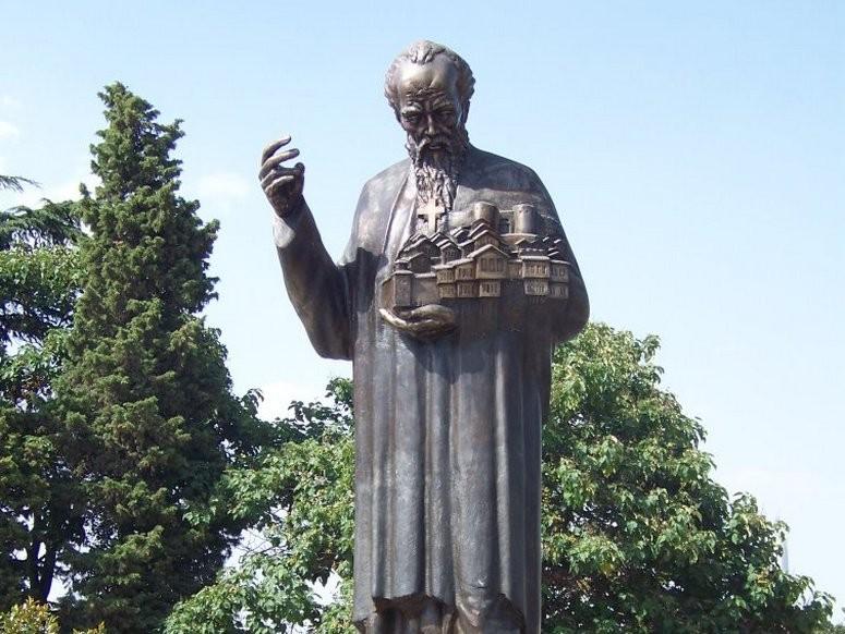 Паметникът на св. Климент в Охрид