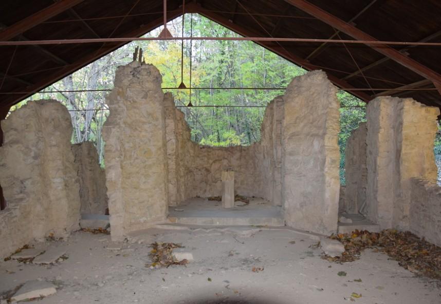 Патлейна, храма на манастира, 9-10 в.
