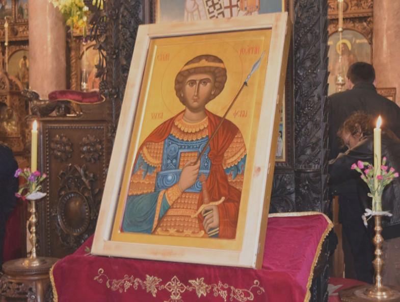 Копие на чудотворната Фануилска икона, подарено на българите в Тараклия, 2016 г.