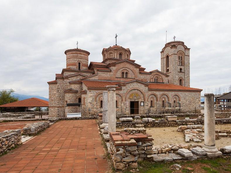 Храм Св. Пантелеймон в манастира на св. Климент в Охрид