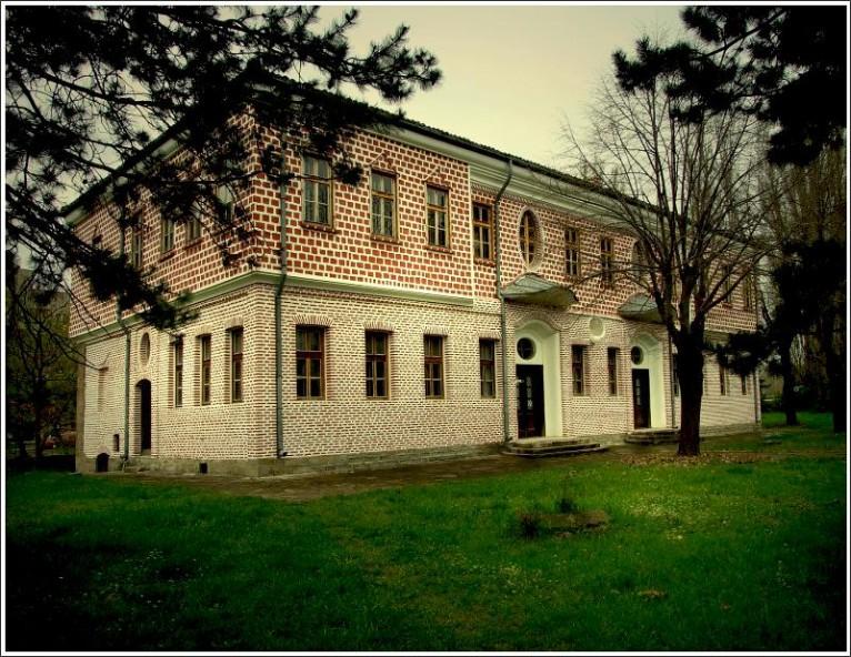Славейковото училище в Търговище (сега Исторически музей)